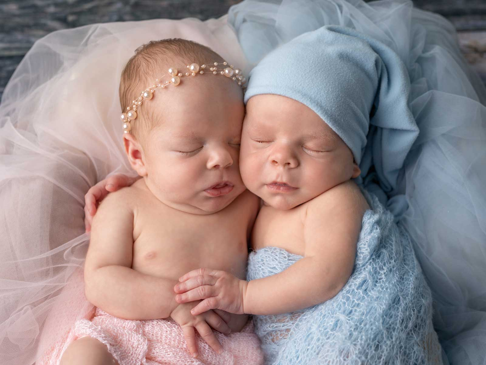 Amazing photo session of newborn twins in Chicago studio